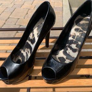 Black high heels Jessica Simpson